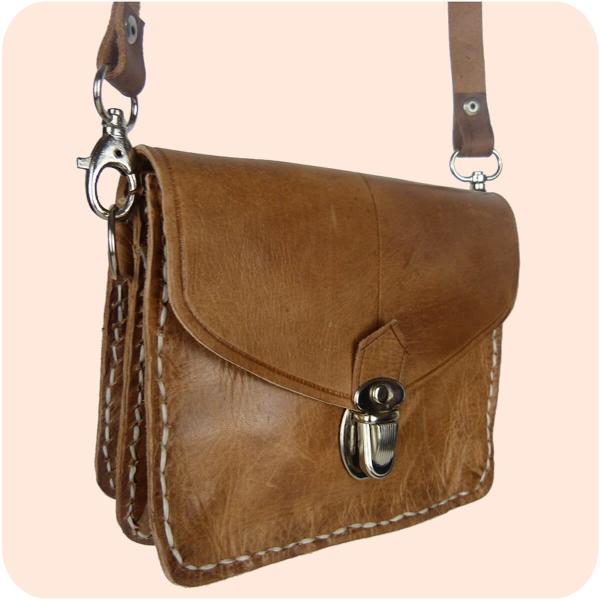 Leder Handtasche Tanger 12x16cm aus Echtleder - als Schultertasche & Gürteltasche tragbar