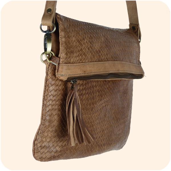 Leder Handtasche Dafira 33x26cm - marokkanische Umhängetasche in Flecht-Optik mit 3 Fächern